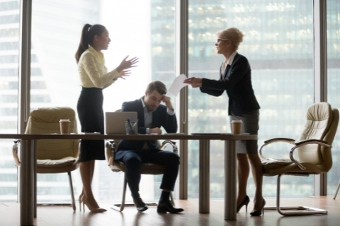 reagire alle critiche sul lavoro